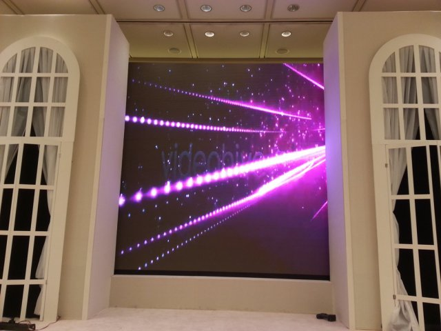 LED Screens and Projectors Screens